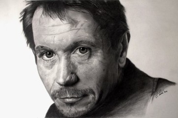 Portrait Artist specializing in graphite by Claire Zerfahs